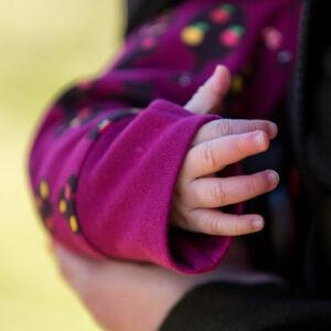 Baby buitenpakje met boompjes van organisch katoen